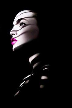 a-paola-felice:  Un giorno mostrerai te stessa. Quella vera. Finalmente. E io non mi meraviglierò di nulla, non mi spaventerà il tuo vero volto, perché hai ombre così scure che nemmeno la tua maschera ha potuto nascondere.   Paola Felice