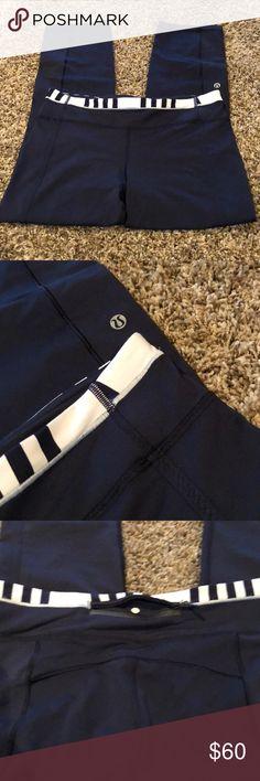 Lululemon Navy Pant Excellent condition lululemon athletica Pants Leggings