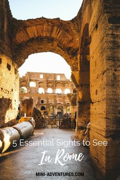 Essential Sights to See in Rome Tips for visiting Rome, Italy | The Collosseum | The Vatican Museums | The Parthenon | The Roman Forum | Trevi Fountain | Rome travel guide | European city break