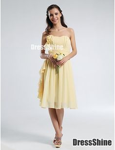 Adorable A-line Sweetheart Knee-length Chiffon Handmade Flower Bridesmaid Dress