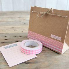Decora bolsas con washi tape