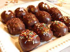 Különleges húsvéti tojások - Süss Velem Receptek Muffins, Caramel Apples, Food And Drink, Easter, Sweets, Snacks, Cookies, Cupcake, Chocolate