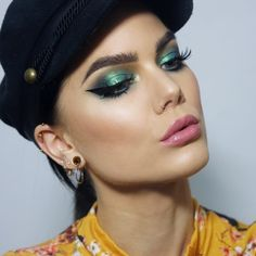 "2,158 Likes, 19 Comments - Linda Hallberg (@lindahallberg) on Instagram: ""I kinda like green :) @lindahallbergcosmetics Enchanted secrets duochrome palette (Ethereal) is all…"""