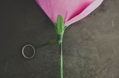 diy-giant-paper-rose-14