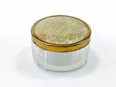 110 Vintage Beauty Perfume Cosmetics Ideas Vintage Beauty Vintage Perfume