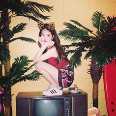 miss A's Suzy Transforms Into a Cute Kitty Cat