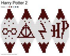 Knitting charts harry potter perler beads ideas for 2019 Harry Potter 2, Tricot Harry Potter, Cross Stitch Harry Potter, Knitting Charts, Knitting Patterns, Crochet Patterns, Holiday Crochet, Christmas Knitting, Harry Potter Perler Beads
