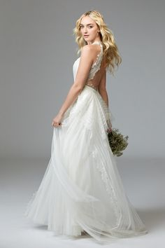 Jewel gown from Willowby by Watters is available at Sincerely, The Bride Vancouver, WA Portland Metro #sincerelythebride #oregonbride #nwbride