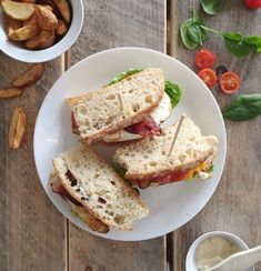Club sandwich — FAMILIEMAT Avocado Toast, Sandwiches, Bread, Breakfast, Food, Roll Up Sandwiches, Morning Coffee, Meal, Essen