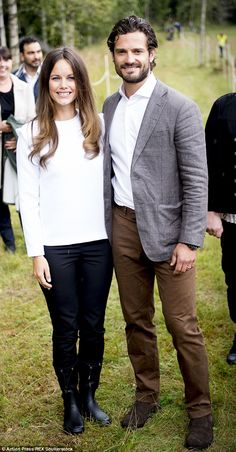 Prince Carl Philip and Princess Sofia of Sweden continue royal tour #dailymail