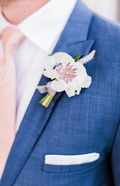 Pastel Wedding At The Merrimon-Wynne House - Inspired By This