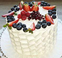 Blackberry, Raspberry, Fruit Salad, Acai Bowl, Tart, Breakfast, Food, Cakes, Drink
