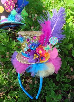 Lollie Pop Alice Mad Hatter Top Headband Fascinator...I would so wear this with no problem, at the right occasion of course ;p