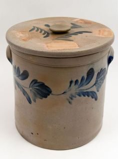 Richard Remmey Lidded Blue Decorated Stoneware Rare Antique American Crock for Sale from Z & K American Antiques, Antique American Folk Art and Fine Rare Antiques Stoneware Crocks, Antique Stoneware, Antique Pottery, Earthenware, Handmade Pottery, Antique Crocks, Old Crocks, Glazes For Pottery, Glazed Pottery