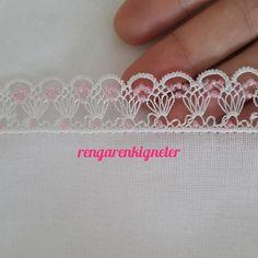 30 Needle Lace Writing Headscarf Models That Will Make You Jealous of Elti Easy Crochet Patterns, Crochet Designs, Knitting Patterns, Crochet Shell Stitch, Crochet Poncho, Beauty Hacks That Work, Crochet Dreamcatcher, Crochet Mouse, Thread Work