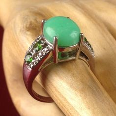 Vintage 4ct Genuine Jade and 2ct Peridots 925 Sterling Silver Ring| LMV121 |We combine shipping|No Question Refunds|Bid $60 for free shipping. Starting at $1
