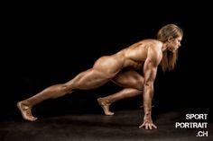 Portrait der schweizerischen Bodybuilderin Siska Bossert/ Portrait of the Swiss Bodybuilder Siska Bossert