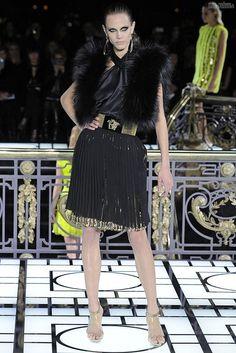 #kamzakrasou #sexi #love #jeans #clothes #dress #shoes #fashion #style #outfit #heels #bags #blouses #dress #dresses Atelier+Versace+Haute+Couture