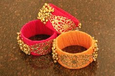 Wedding Gifts For Guests - Okay, so you thought the only thing to gift your friends would be bangles from the bangle-wala at your mehendi? New age brides are pushing the envelope to come up with cute little gifts/ fav. Handmade Wedding Gifts, Wedding Gifts For Friends, Wedding Gifts For Guests, Best Wedding Gifts, Indian Wedding Favors, Rustic Wedding Favors, Desi Wedding, Indian Weddings, Indian Bridal