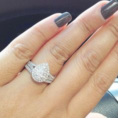 Love this Pear halo wedding set! It comes with the double halo pear diamond engagement ring and the matching wedding band! Pear Diamond Engagement Ring, Pear Diamond Rings, Buy Diamond Ring, Split Shank Engagement Rings, Pear Shaped Engagement Rings, Engagement Ring Shapes, Halo Wedding Set, Wedding Sets, Wedding Bands