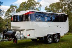 Kimberley Kruiser Black Caviar off road caravan Bug Out Trailer, Off Road Camper Trailer, Camper Caravan, Camper Trailers, Camper Van, Adventure Trailers, Adventure Campers, Airstream, Rv Camping