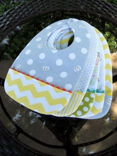 Just Another Hang Up: free Pocket Bib pattern and tutorial