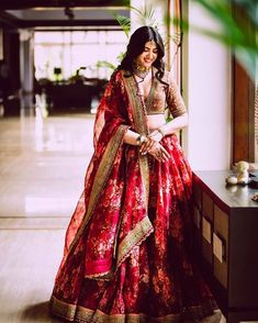 Floral lehenga ideas for summer wedding inspiration. A pastel hued bridal lehenga will be perfect for your summer wedding. Indian Bridal Outfits, Indian Bridal Lehenga, Indian Bridal Fashion, Indian Bridal Wear, Indian Designer Outfits, Pakistani Bridal, Bridal Dresses, Indian Wear, Indian Wedding Clothes