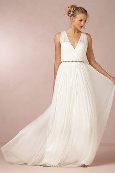 Cheap Casual Halter-Style V-Neck Beach Sleeveless Natural Bridal Wedding Dress