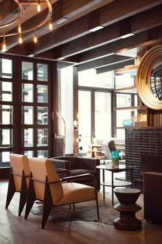 The brief for creating this boutique office in a city high for High end boutique hotels