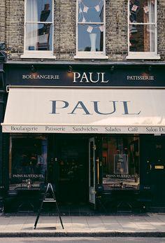 Paul in London / photo by Camila Román Demo