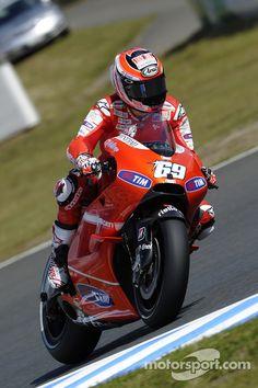 Nicky Hayden, Ducati Marlboro Team at Japanese GP High-Res Professional Motorsports Photography Ducati, Nicky Hayden, Sportbikes, Racing Motorcycles, Illustrations And Posters, World Championship, Motogp, Bikers, Motor Car