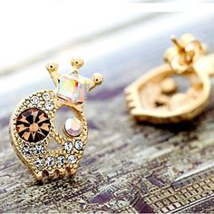 Crystal Rhinestone Skull Stud Earrings