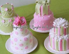 Easter Mini Cakes