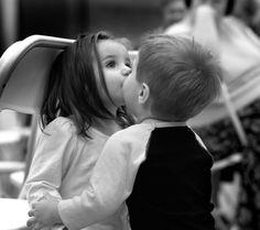 15 choses qui vous arrivent lorsque vous êtes aussi proche de votre cousin(e) que de votre frère ou soeur !