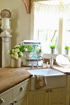 ~Fresh Herbs in the Kitchen~