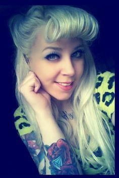 Mod Girls: 25 Mulheres tatuadas