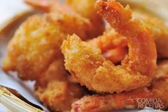 The perfect fried shrimp recipe is only a few steps away. Although Fried shrimp isn't the healthiest way to enjoy fresh seafood. It just one of those foods you have to have. Fried Shrimp Recipes, Shrimp Dishes, Fish Dishes, Fish Recipes, Seafood Recipes, Appetizer Recipes, Great Recipes, Cooking Recipes, Favorite Recipes