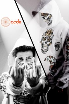 #cade #cadewear #streetwear #moda#design #clothes #wear #graphic #video #adv #spot #beta #comingsoon #staytuned #ecommerce #italy #madeinitaly #milano #faschion #bellissimo #glitch#orange #black #newbrand #marca #azienda #societa #srls