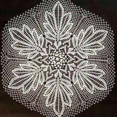 Best 12 Handmade Crochet Cotton Doily With Pineapple Shape Details Crochet Patterns Filet, Crochet Borders, Crochet Motif, Crochet Doilies, Crochet Stitches, Knit Crochet, Crochet Books, Crochet Home, Crochet Crafts