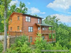 Panoramic Paradise, a 5-bedroom luxury rental cabin in Pigeon Forge, TN, spacious and fully equipped with amenities - panoramic view of the Smoky Mountains.