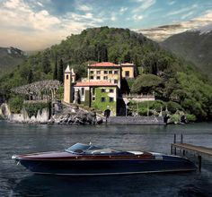 Riva Yacht in front of villa Balbianello At lake Como