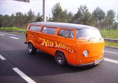 VW hot wheels bus big size