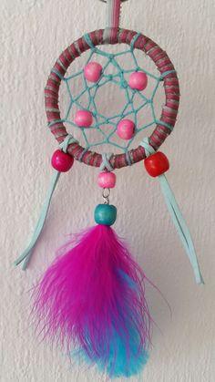 Mooie exclusieve kleine dromenvanger. Kleur rooze en blauw. Doorsnede 7cm.