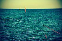 Take a breath #bench #beach #sun #summer #sea #streetphotography #photography #Barcelona #MaxDerlin #Followme #Colorful