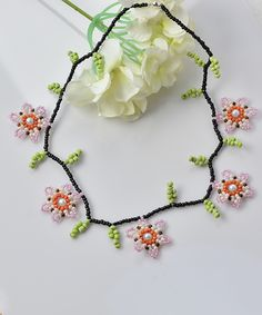 Instructions on How to Make Cheap Flower Seed Beads Necklace for Girls ~ Seed Bead Tutorials