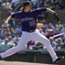Rockies' Gray sidelined couple weeks with abdominal strain (Yahoo Sports)