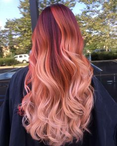 Trendy Hair Color Picture DescriptionHave you considered strawberry blonde hair, a sassy new color? Here is a list of our favorite sexy and stylish shades of strawberry blonde. Hair Color 2017, Latest Hair Color, Hair Dye Colors, Ombre Hair Color, Blonde Color, Color Red, Beautiful Hair Color, Cool Hair Color, Unique Hair Color