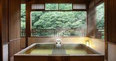 【磐梯熱海温泉/福島県】一度は泊まってみたい! 磐梯熱海温泉の人気の宿3選。 Japan Bathroom, Bathroom Spa, Japanese Bath House, Hot Tub Room, Japanese Hot Springs, Thermal Pool, Ideal Bathrooms, Japanese Interior Design, Tiny House Cabin