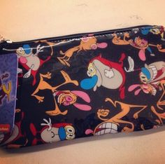 This awesome Ren and Stimpy pencil case is available now at Zia. What was your favorite Nickolodeon show in the '90s?