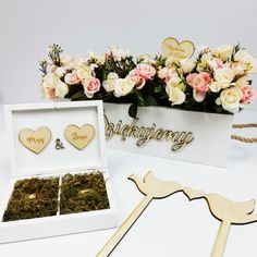 Kochamy ślubne dodatki 😍  #ślub #wesele #wedding #weddingday #love #skrzynka #skrzynkanakwiaty #pudełkonaobrączki #obrączki #rings #birds #lovebirds #loveyou #dekoracjeślubne